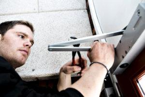 Mejlshede - hjemmesiden 2014, billeder af vedligeholdelse, akut udrykning, smøring, nøgler der skæres m.m.