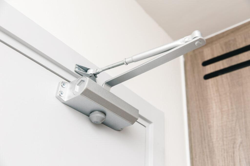 iStock 1026992964 1024x683 - Dørlukkere, dørautomatik og branddørslukning ABDL